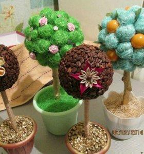 Деревья кофейные и фруктовые