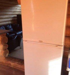 Холодильник Stonol