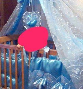 Кроватка + матрас +комплект с балдахином
