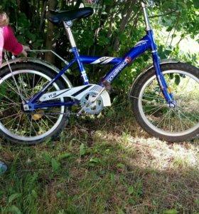 Велосипед.Диаметр колёс 18