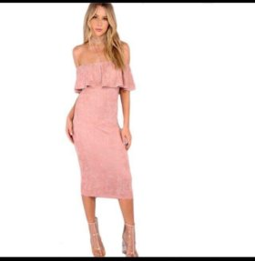 Новое бархатное платье с оборками розовое