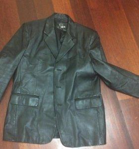 Кожаная куртка- пиджак