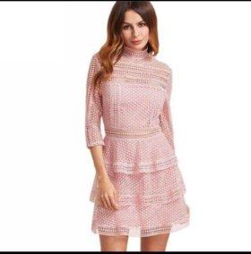 Новое розовое кружевное платье