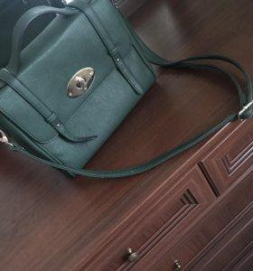 Зелёная женская сумка