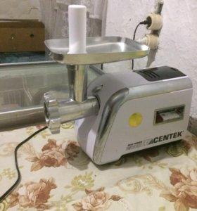 Мясорубка и стиральная машинка