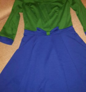 Платье 100 руб