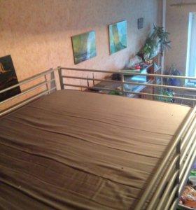Двухспальный кровать чердак Икеа сверта с матрасом