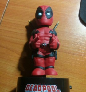Deadpool. Фигурка-телотряс