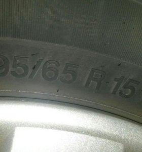 Колеса летние +оригинальные колпаки Volkswagen