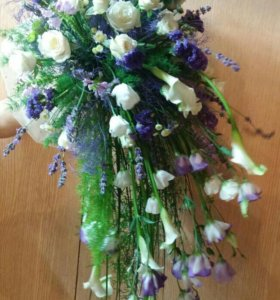 Свадебные букеты,бутоньерки,цветочное оформление,