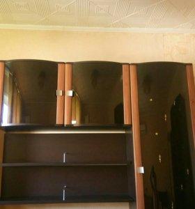 Часть мебельной стенки