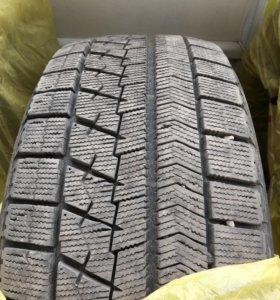 Bridgestone blizzak VRX 195/50 r15