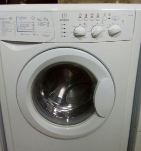 Стиральная машина INDESIT WISL103