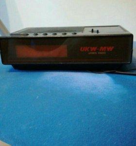 Радио часы с будильником
