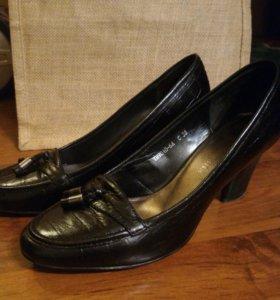 Черные туфли Терволина