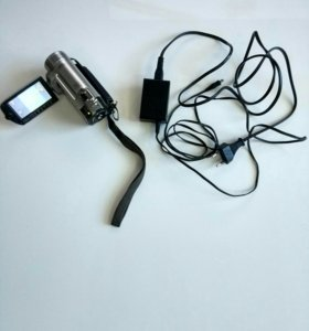 Видеокамера CANON FS-100