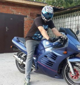 Suzuki rv 400 rf