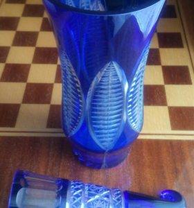Кобольтовая ваза и рожок