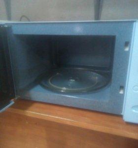 Микроволновая печь Samsung M1879NR