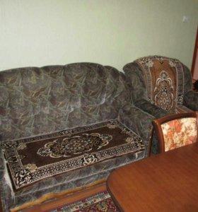 Диван и два кресло-кровати