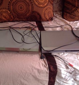 2 DVD проигрывателя с караоке системой LG samsung
