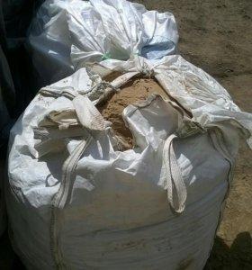 Песок строительный весом 1 тонна