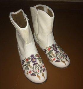 Обувь: ботинки
