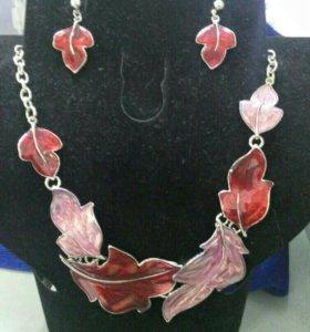 Набор серьги, ожерелье