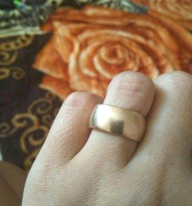 Продам обручальное кольцо СССР
