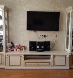 Модульная стенка для гостиной или столовой Карина