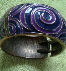 Бижутерия браслеты и бусы