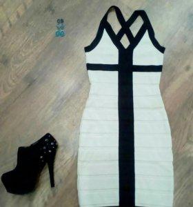 Платье, обувь, кулон