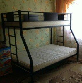 Кровать 2х ярусная в отличном состоянии