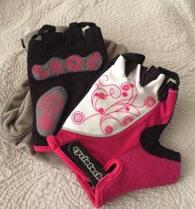 Перчатки для езды на велосипеде