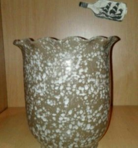 Керамический цветочный горшок