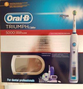 Электрическая зубная щетка Oral-b Triumph