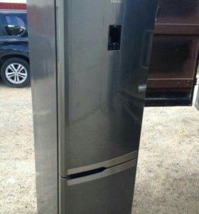 Холодильник Samsung premium