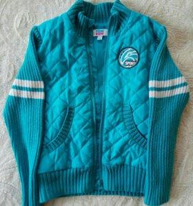 4  осенние куртки на мальчика (рост 110-116 см)