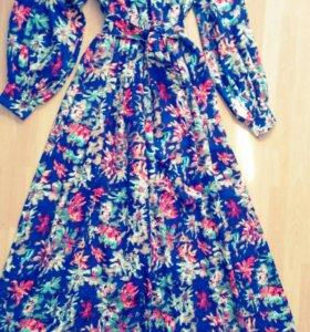СРОЧНО!!!Шикарное платье от Valentino (оригинал)