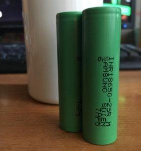 2 батарейки 18500
