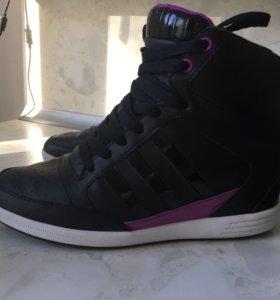 Adidas кроссовки сникерсы оригинал