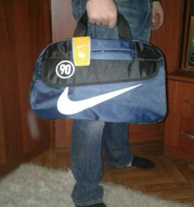 Спортивная новая сумка