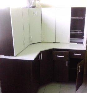 Кухонный гарнитур, угловой.