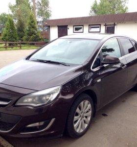 Opel Astra j седан