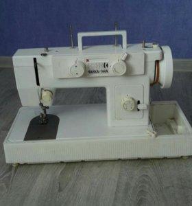 Швейная машинка Чайка 144А