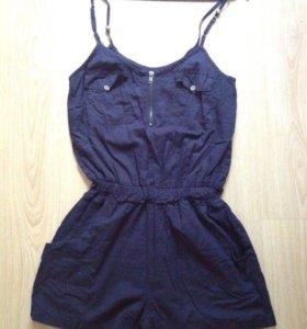 Комбинезон и платья