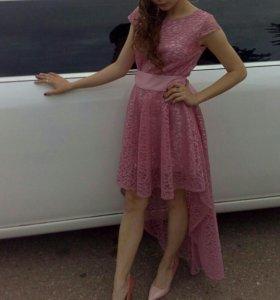 Продам платье,совсем новое,надевала 1 раз