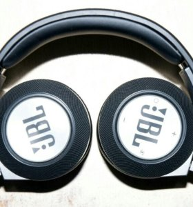 Наушники JBL E40 BT