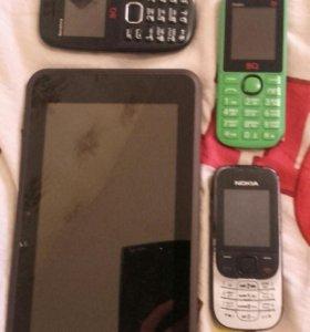 Планшет и 3 телефона на запчасти или ремонт.
