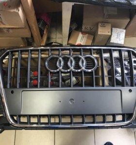 Решетка радиатора Ауди q3 Audi q3 8U0853651J1QP